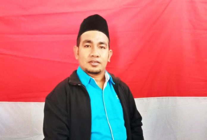 Ketua Panitia Pelaksana Lomba Perahu Layar DPD KNPI Malra Abdolah Roroa.