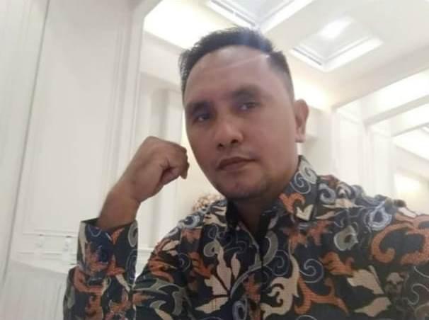 Ronal Tethool, Manager Badan Pengelola Wisata Ngurbloat.