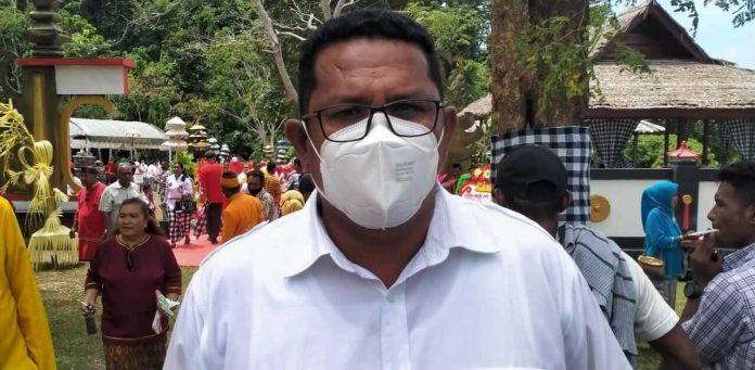 Wakil Ketua I DPRD Kabupaten Maluku Tenggara Albert Efruan
