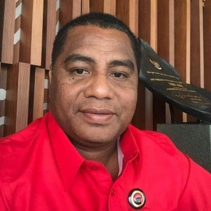 Ketua Fraksi PDI Perjuangan DPRD Maluku Benhur Watubun.