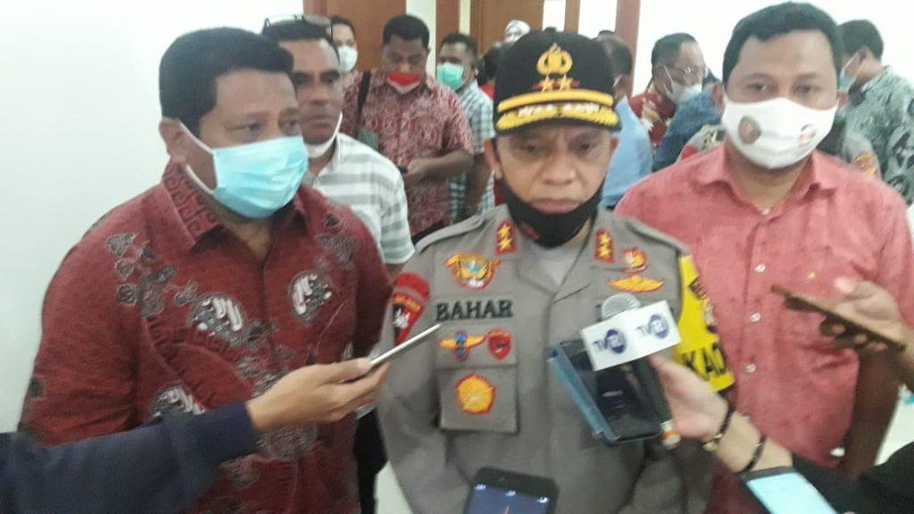 Ketua DPRD Maluku Lucky Wattimury bersama Kapolda Maluku Baharuddin Djafar saat di wawancari awak media, Kamis (8/10/2020).