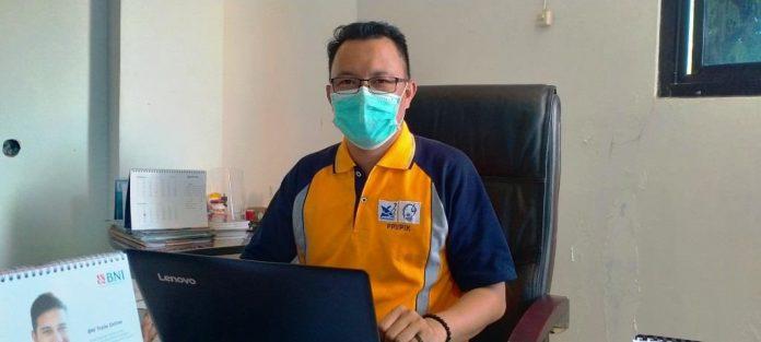 Pudir III Bidang Kemahasiswaan Polikant Syahibul Kahfi Hamid ketika ditemui suaradamai.com di ruang kerjanya, Kamis (5/11/2020). Foto: Labes Remetwa