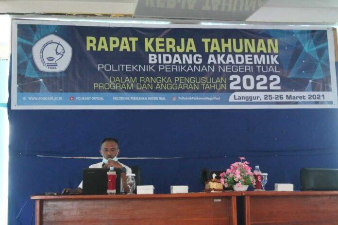 Politeknik Perikanan Negeri Tual menyelenggarakan Rapat Kerja Tahunan (Rakerta) dalam rangka pengusulan Program Kerja dan Anggaran tahun 2022 di Balroom Lantai Tiga Gedung Direktorat Polikant.