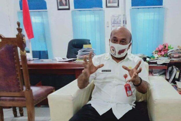 Kepala Disdukcapil Malra, Dahlan Tamher