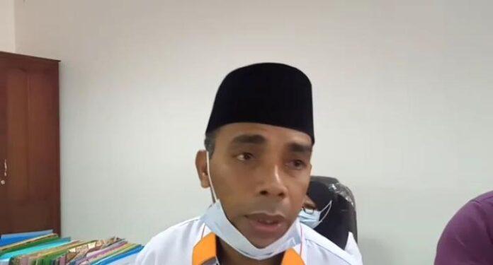 Ketua Komisi I DPRD Provinsi Maluku, Amir Rumra