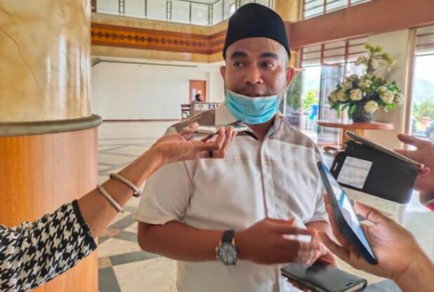 Wakil Ketua Komisi IV DPRD Maluku Ruslan Hurasan